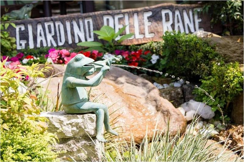 Ristorante giardino delle rane a garda lago di garda - Il giardino delle esperidi bardolino ...