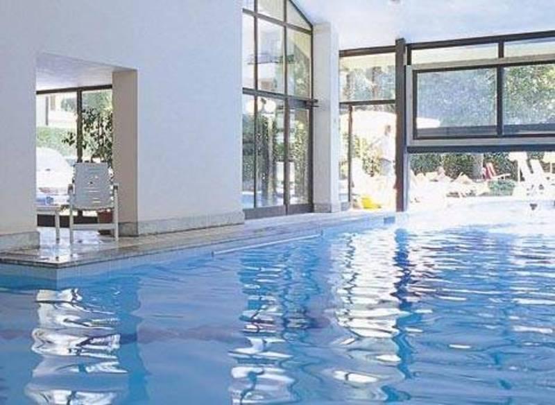 hotel du lac et bellevue bardolino gardasee hotel du lac. Black Bedroom Furniture Sets. Home Design Ideas