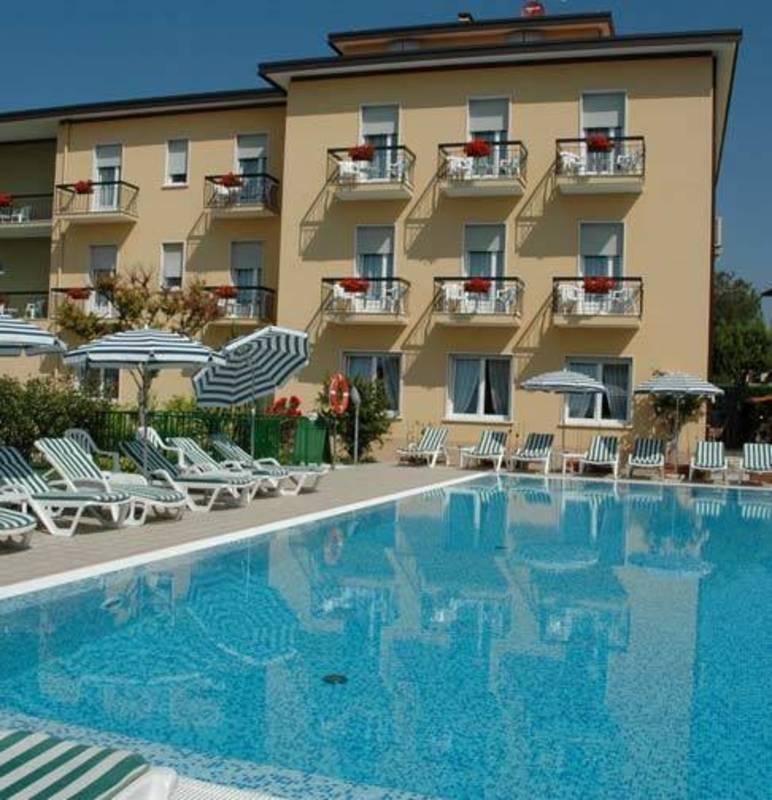 Hotel Villa Paradiso Lago Di Garda