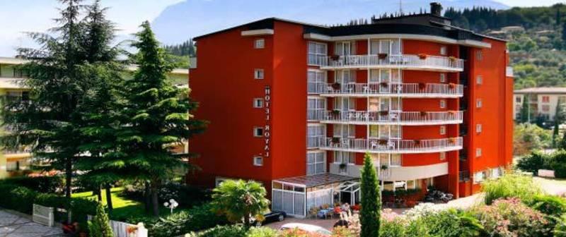 Hotel royal riva del garda gardasee hotel royal riva del garda 4 sterne - Hotel giardino riva del garda ...