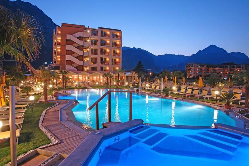 Hotel Savoy Palace Riva Del Garda Gardasee Hotel Savoy Palace Riva