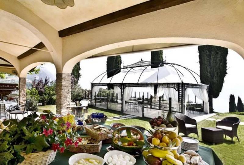 hotel villa sostaga gargnano sal gardasee hotel villa. Black Bedroom Furniture Sets. Home Design Ideas