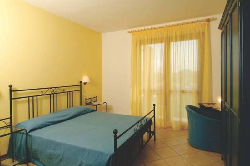 Ferienwohnung Eden Peschiera Del Garda Gardasee - Residence Eden ...
