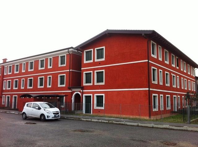 Immobili del lago di garda affitto appartamento lonato for Appartamenti arredati in affitto brescia