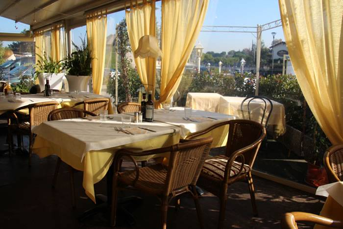 Bed And Breakfast La Terrazza Peschiera Del Garda Lake Garda - Bed ...