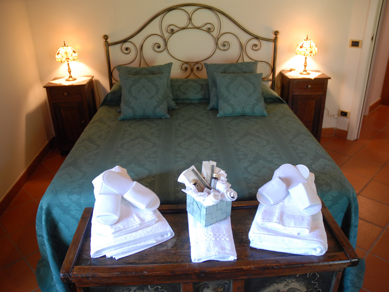 Bed and breakfast la vera del pozzo charme e relax caprino for Bed and breakfast area riservata