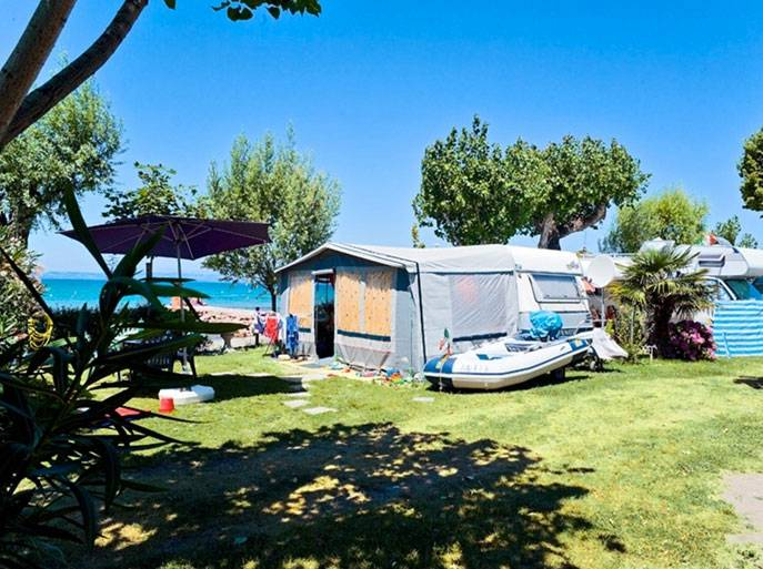 camping du parc sentieri 3 stelle lazise lago di garda. Black Bedroom Furniture Sets. Home Design Ideas