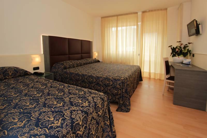 Hotel Campagnola 3 Stelle Riva Del Garda Lago Di Garda