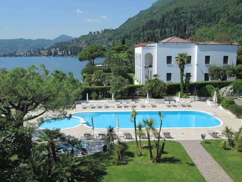 hotel spiaggia d 39 oro 4 stelle sal lago di garda. Black Bedroom Furniture Sets. Home Design Ideas