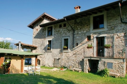 Bed and breakfast ca 39 dei casai toscolano maderno lago for Bed and breakfast area riservata