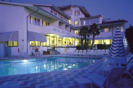 Hotel Nettuno 4 * - Bardolino
