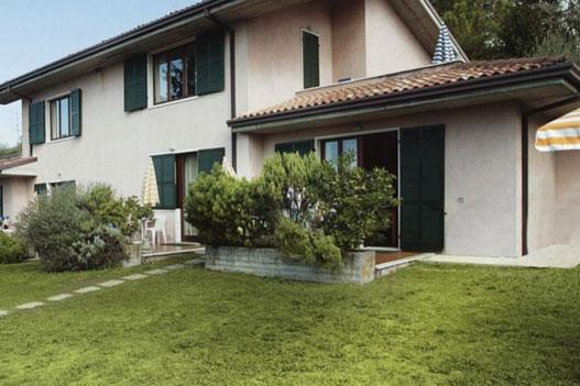 Residence Puccini 3* - Bardolino