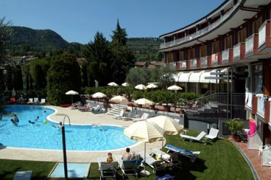 Hotel Continental 3 * - Garda