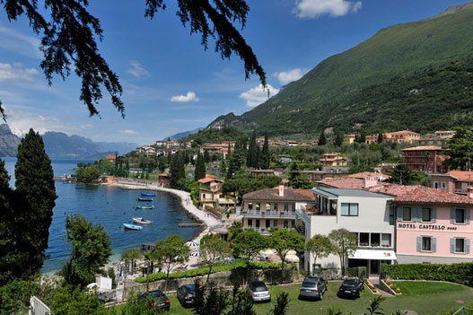 H. Castello Lake Front 4* - Malcesine